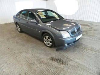 vauxhall vectra 2005 reg from Bolton